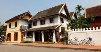 Cafe de Laos - Luang Prabang - Toà nhà
