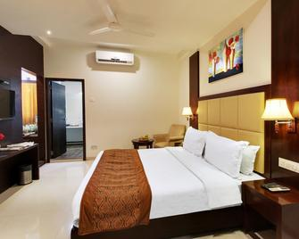 Hotel Sai Jashan - Shirdi - Bedroom