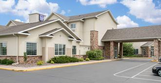 Sleep Inn & Suites Conference Center - Eau Claire