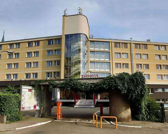 Hotel Tarnovia - Tarnów - Gebäude