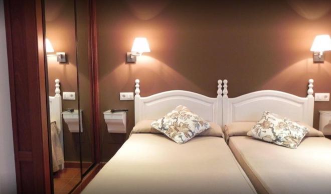 Hospederia Los Pinos - Llanes - Bedroom