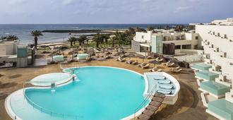 HD Beach Resort - Costa Teguise - Pool
