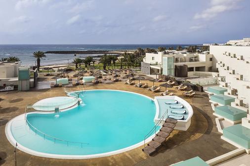 Hd海灘度假酒店 - 科斯塔特吉塞 - 游泳池
