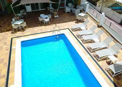 Es Mitjorn - Sant Antoni de Portmany - Pool