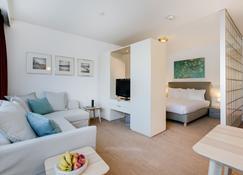 Htel Serviced Apartments Amsterdam Amstelveen - Amstelveen - Sala de estar
