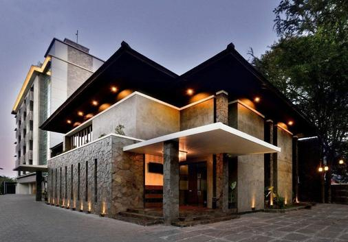 Serela Merdeka Bandung - Bandung - Building