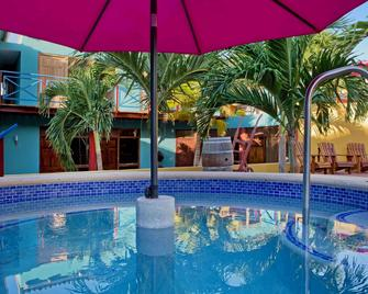 The Ritz Village Hotel - Adults Only - Willemstad - Pool