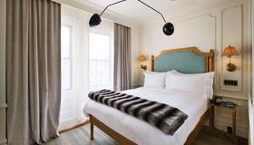 The Marlton Hotel - New York - Bedroom
