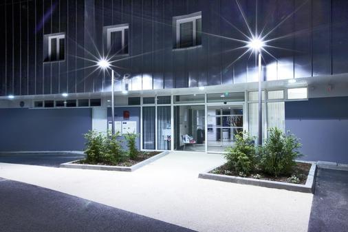 基里雅德卓越瓦纳中心蓋爾酒店 - 瓦訥 - 瓦納 - 建築