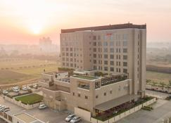 Courtyard by Marriott Surat - Surate - Edifício