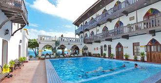 Tembo House Hotel & Apartments - Zanzibar - Piscina