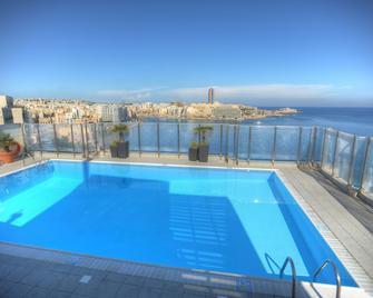 Plaza Regency Hotels - Sliema - Pool
