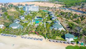 Sandunes Beach Resort & Spa - Phan Thiet - Outdoors view