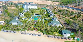 Sandunes Beach Resort & Spa - פאן טיאט - נוף חיצוני