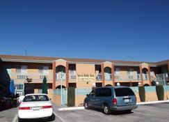Americas Best Value Inn Mojave - Mojave - Edificio