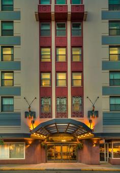 西德馬克巴拉諾夫酒店 - 朱諾 - 朱諾 - 建築