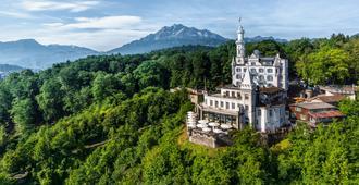 Chateau Guetsch - Lucerna - Edificio