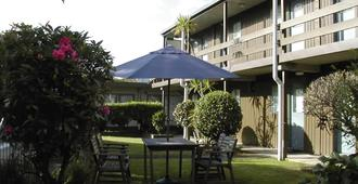 Mt Albert Motor Inn - Auckland - Patio