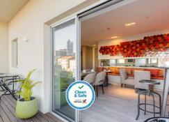Hotel Spot Family Suites - Oporto