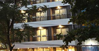 Hanoi Ping Luxury Hotel - Hanoi