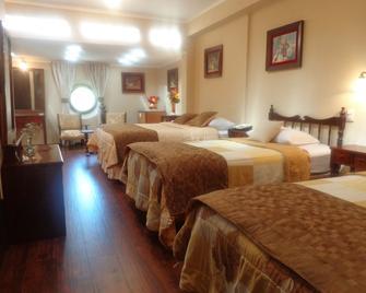 Hostal Colonial - Sucre - Makuuhuone