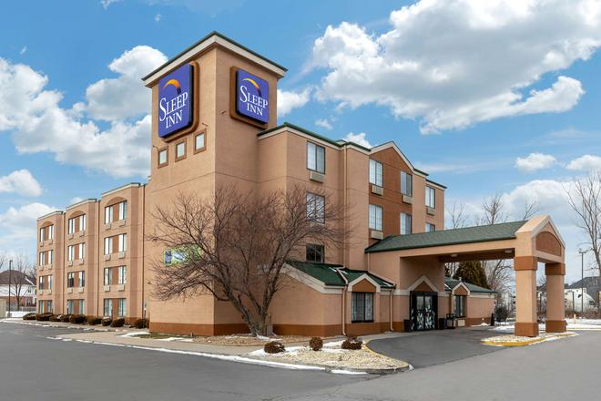 Sleep Inn - Lansing - Building