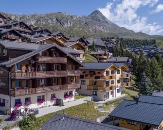 Hotel Slalom - Bettmeralp - Gebäude