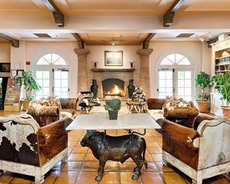 Harris Ranch Inn - Coalinga - Лоббі