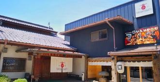 Hostel & Spa Fan! Matsumoto - Matsumoto - Building