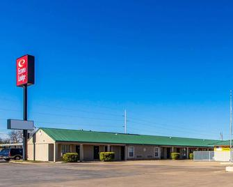 Econo Lodge Bartlesville Hwy 75 - Bartlesville - Building