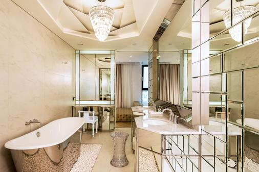 江南lyj尊貴設計師酒店 - 首爾 - 浴室