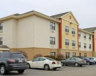 Extended Stay America - Milwaukee - Wauwatosa - Wauwatosa - Building
