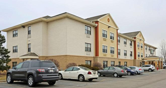 Extended Stay America Milwaukee - Wauwatosa - Wauwatosa - Building