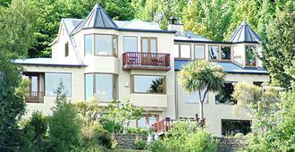 Pencarrow Luxury Lodge - Queenstown