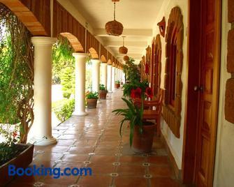 Hotel El Portón - Malinalco - Edificio