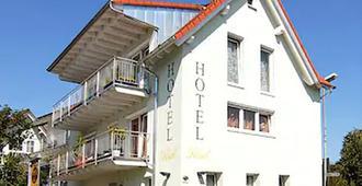 Eisberg Hotel Rust - Rust - Edificio