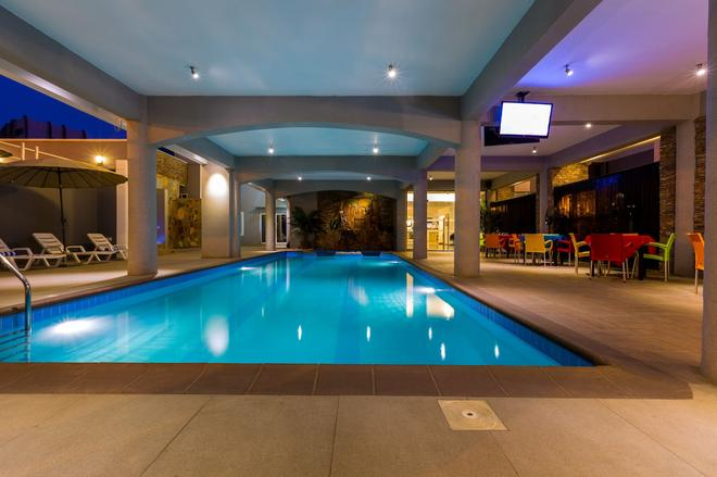 Airport View Hotel - Accra - Pool