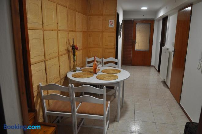 Penzion Kimex - Znojmo - Dining room