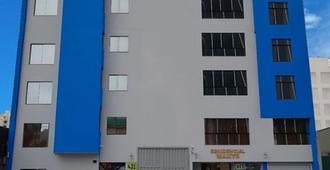Hotel Maxys Grau - Lima - Edificio