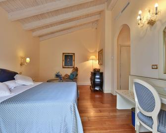 Hotel Globus, Sure Hotel Collection by Best Western - Milano Marittima - Makuuhuone