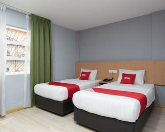OYO 89344 Labuan Avenue Hotel - Labuan - Bedroom