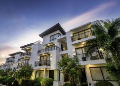 Discovery Shores Boracay - Boracay - Building