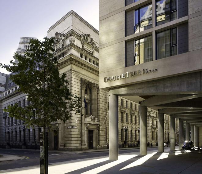 DoubleTree by Hilton London - Tower of London - London - Building