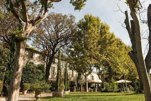 Le Mas Saint Florent - Arles - Cảnh ngoài trời