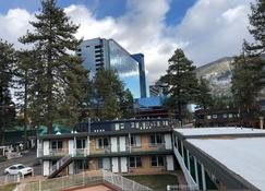 Alpine Inn and Spa - South Lake Tahoe - Bygning