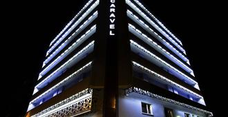 Hotel Caravel - Rome - Building