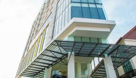 Eco Tree Hotel - Malacca - Building