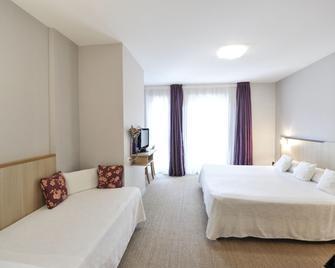 Hôtel Les Esclargies - Rocamadour - Bedroom