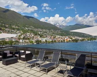 H4 Hotel Arcadia Locarno - Locarno - Balkon