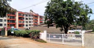 Travelers Oasis - Hostel - Nairobi - Edificio